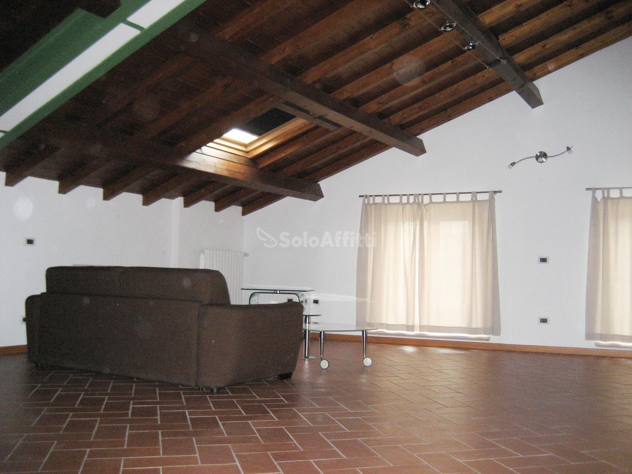 Bilocale Brescia Via Ugoni 32 4