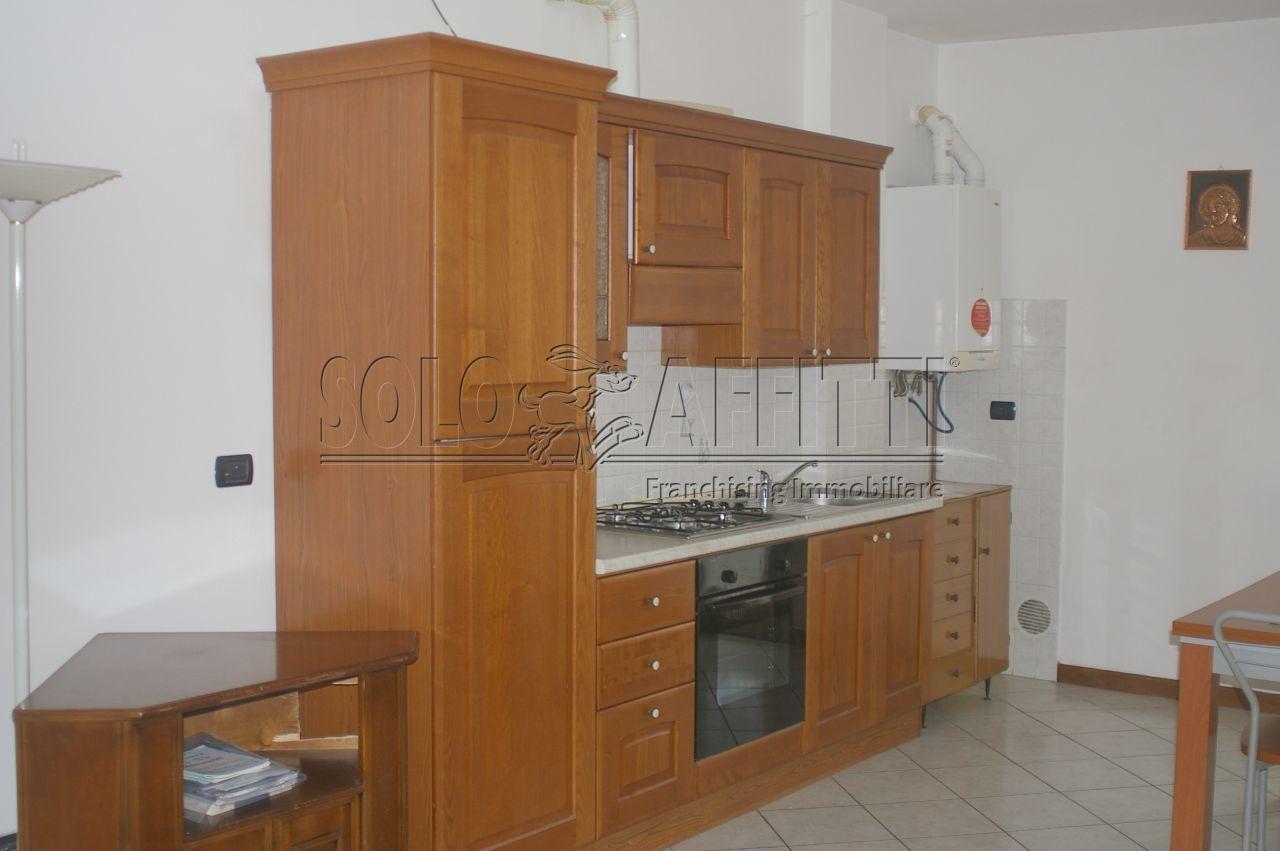 Appartamento in affitto a Calco (LC)