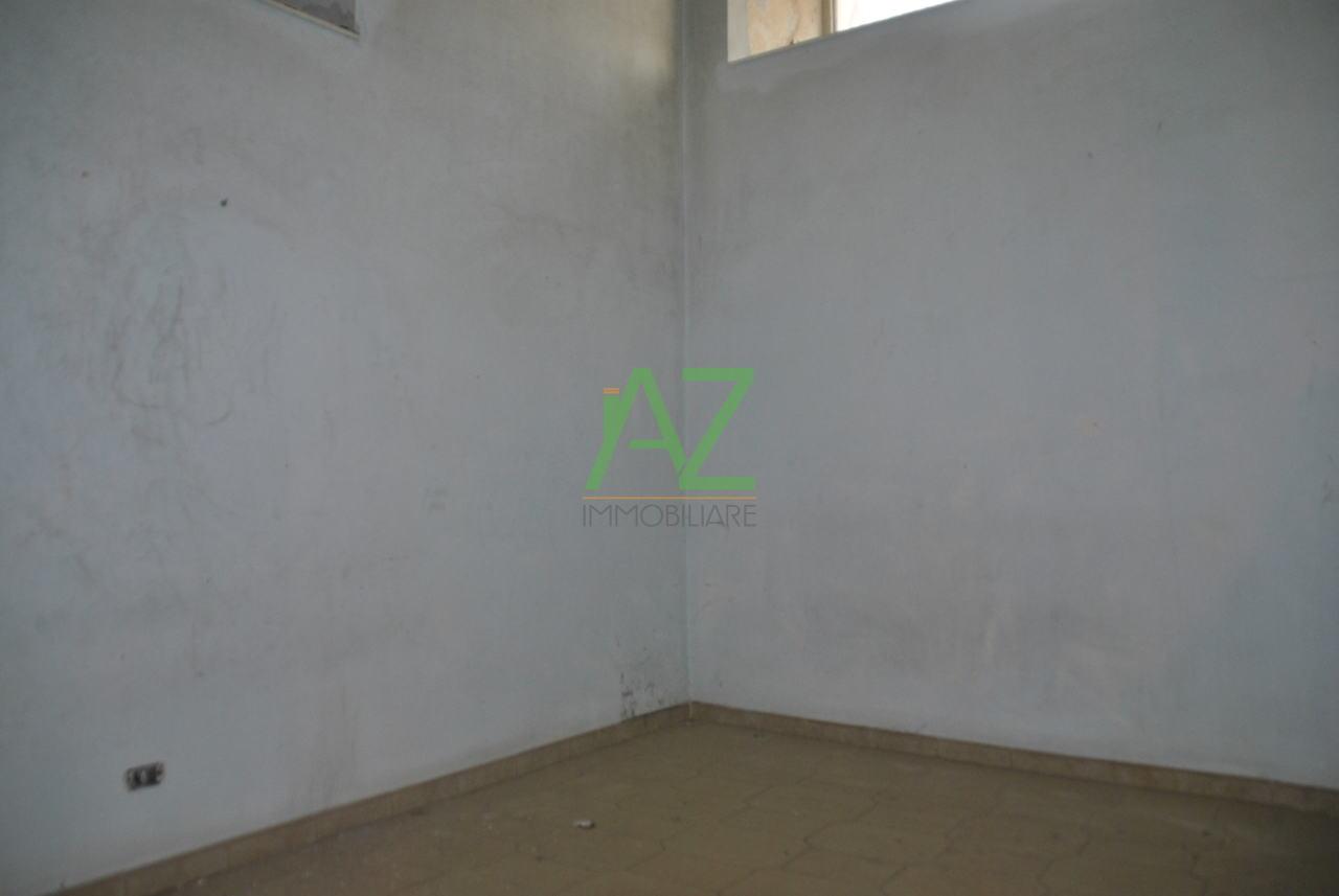 Appartamento in vendita a Acireale, 3 locali, prezzo € 70.000 | Cambio Casa.it