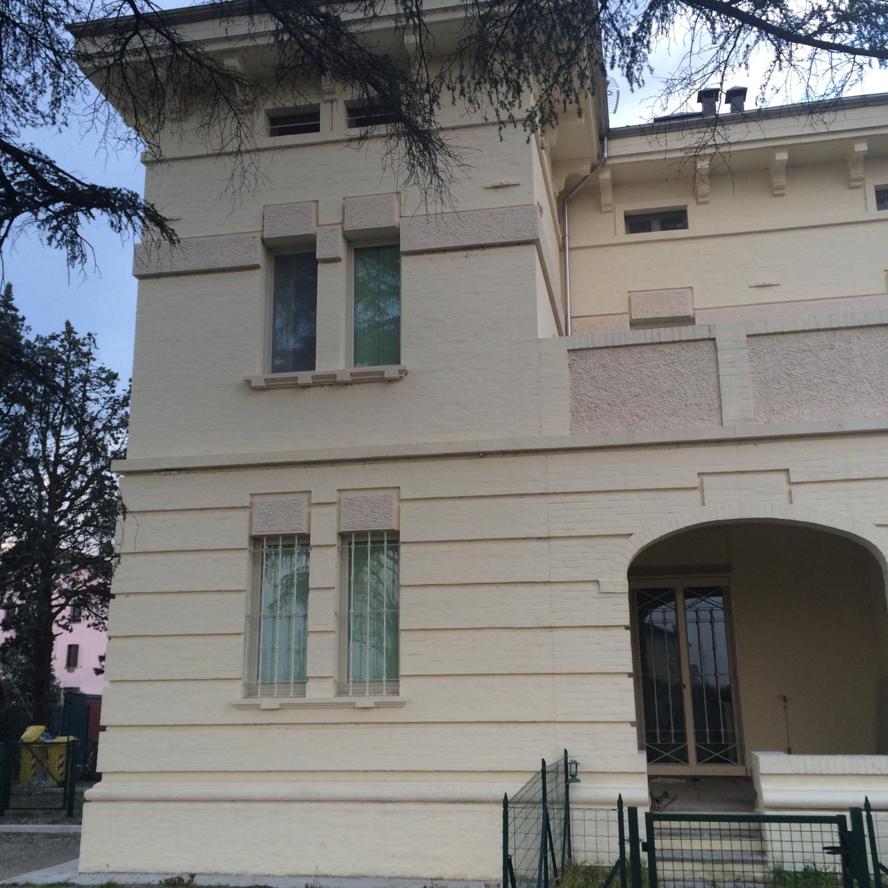 Bilocale Parma Via Langhirano 12