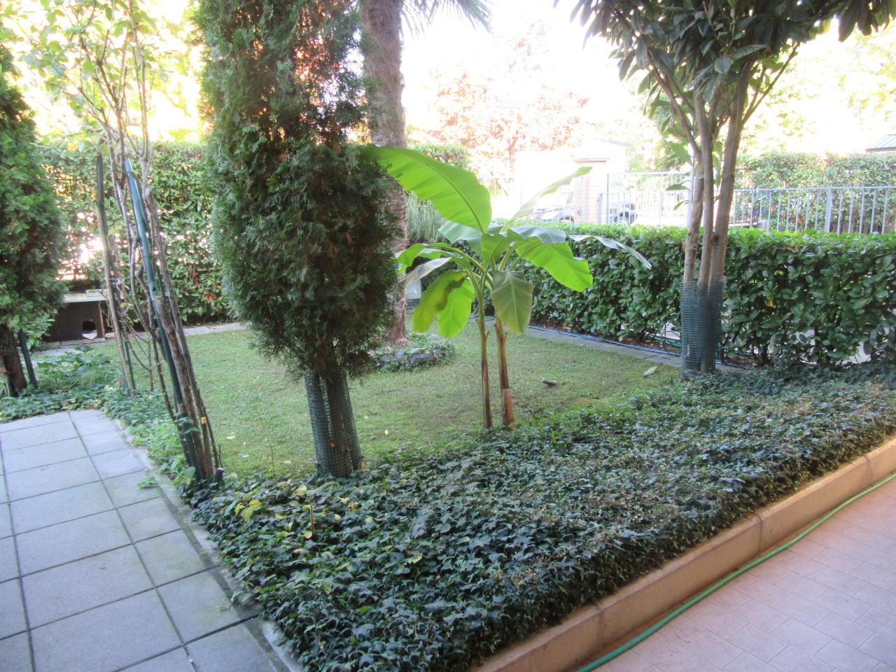 Soluzione Indipendente in vendita a Fontevivo, 8 locali, prezzo € 425.000   Cambio Casa.it