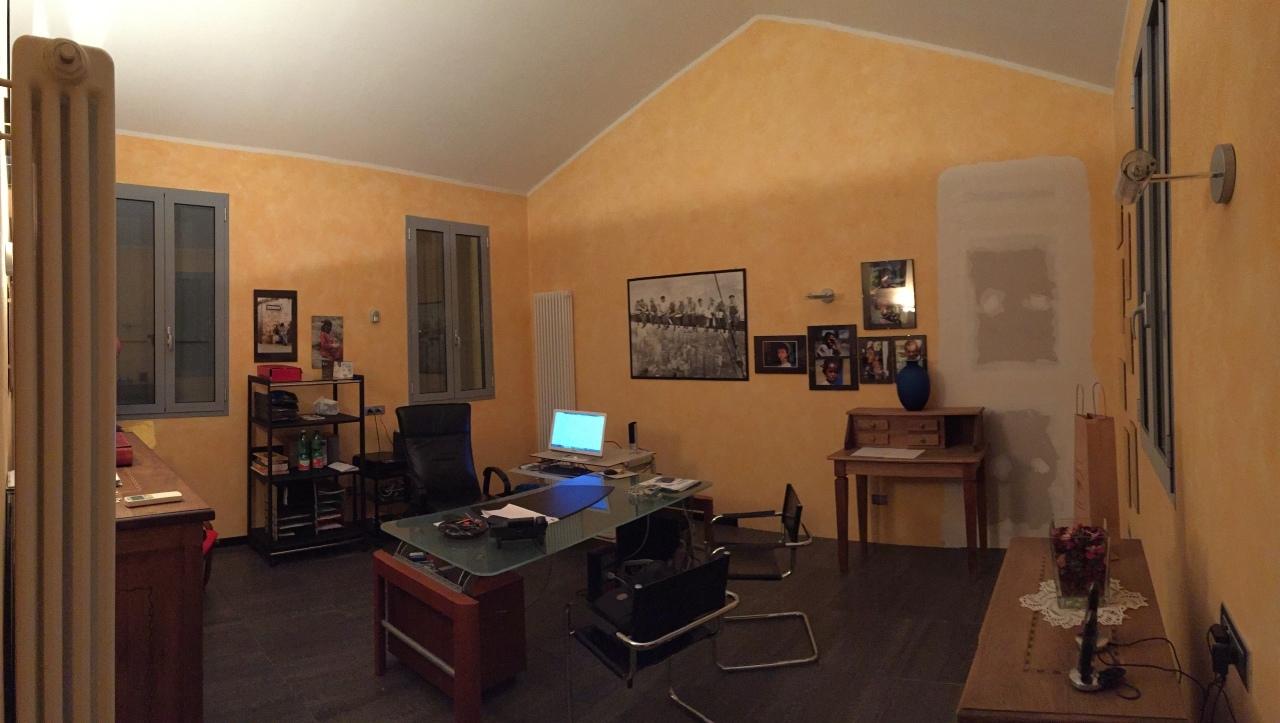 Soluzione Indipendente in vendita a Parma, 4 locali, prezzo € 160.000 | Cambio Casa.it