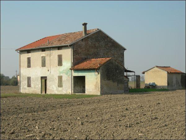 Rustico / Casale in vendita a Roccabianca, 5 locali, prezzo € 57.000 | Cambio Casa.it
