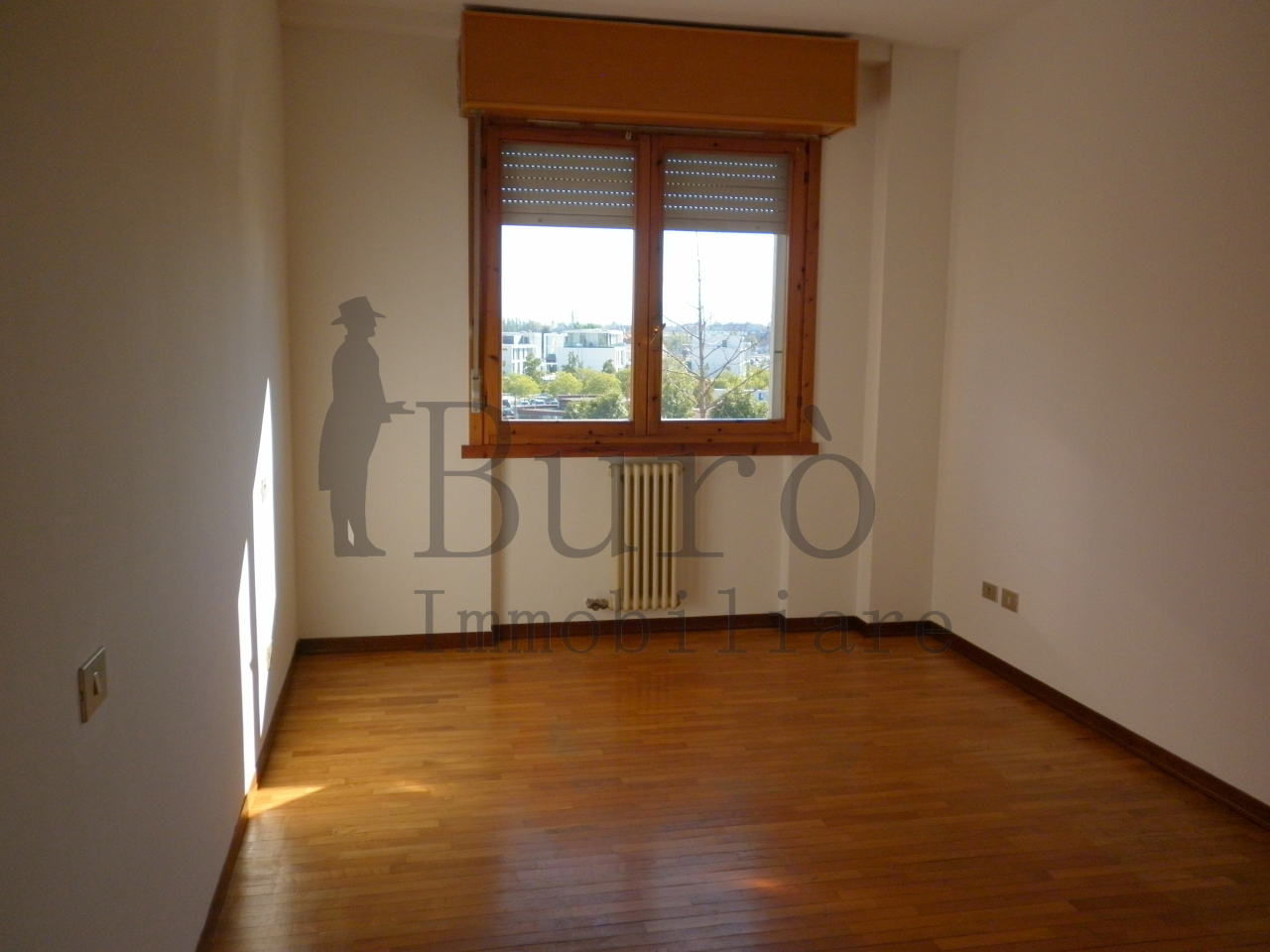 Appartamento in vendita a Parma, 4 locali, prezzo € 170.000 | Cambio Casa.it
