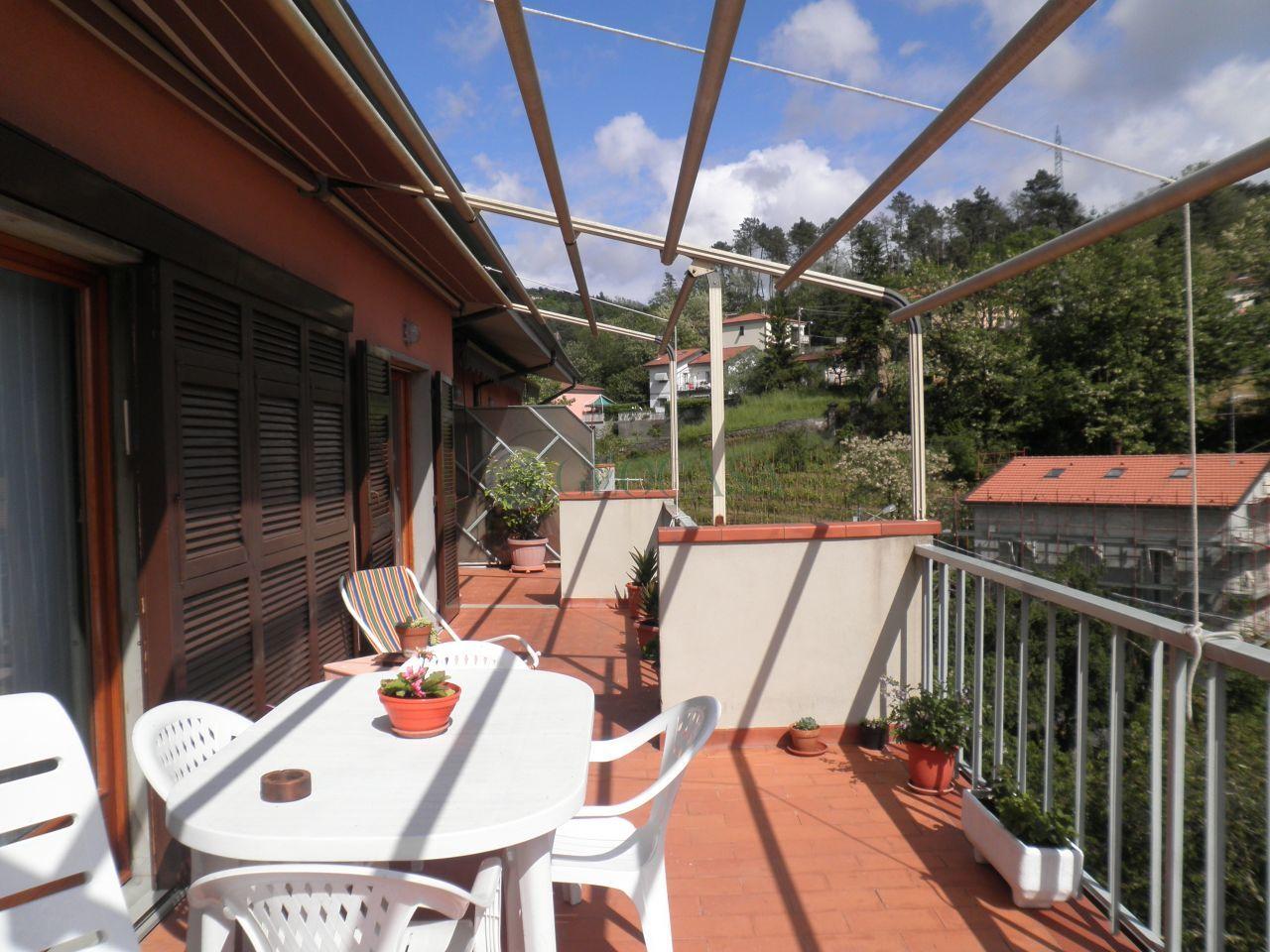 Appartamento in vendita a Vezzano Ligure, 4 locali, prezzo € 208.000 | Cambio Casa.it