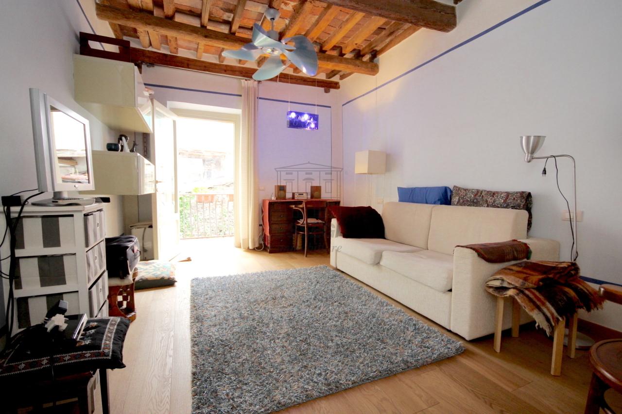Lucca casa in centro storico totalmente ristrutturata piano primo  img 10