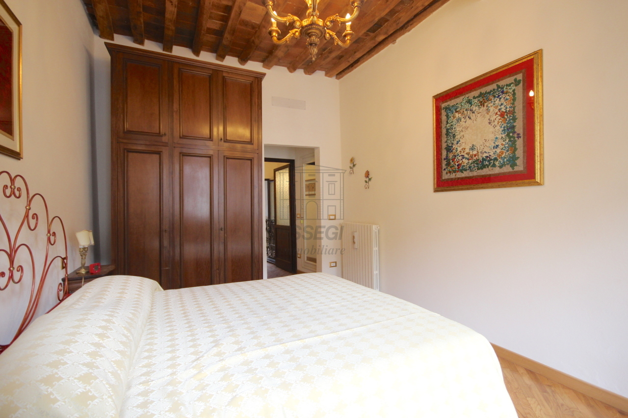 Appartamento Lucca Centro storico IA03309 img 10