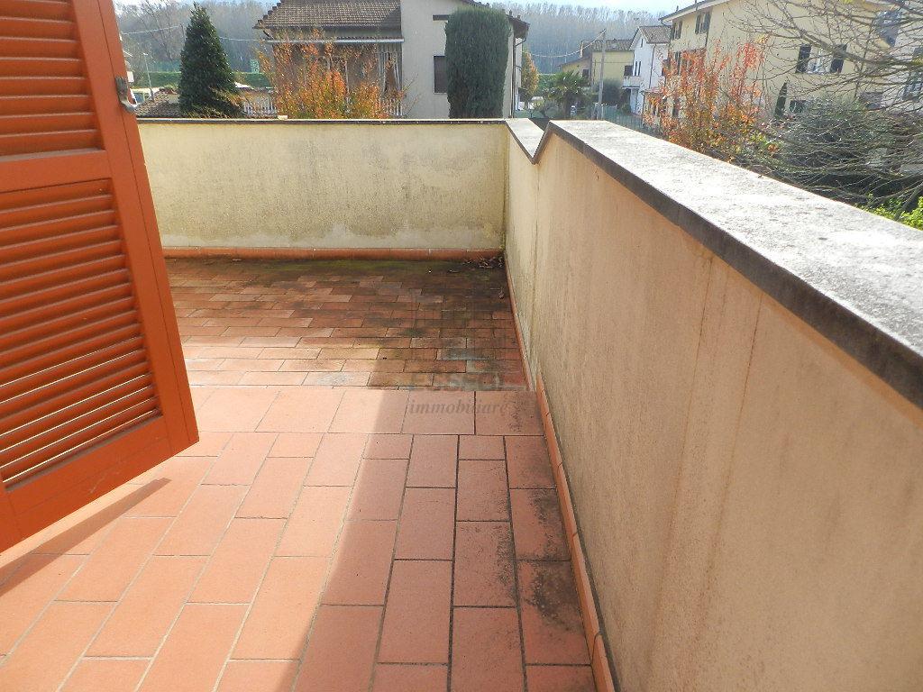 Villetta a schiera Lucca Nozzano Castello IA03219 img 13