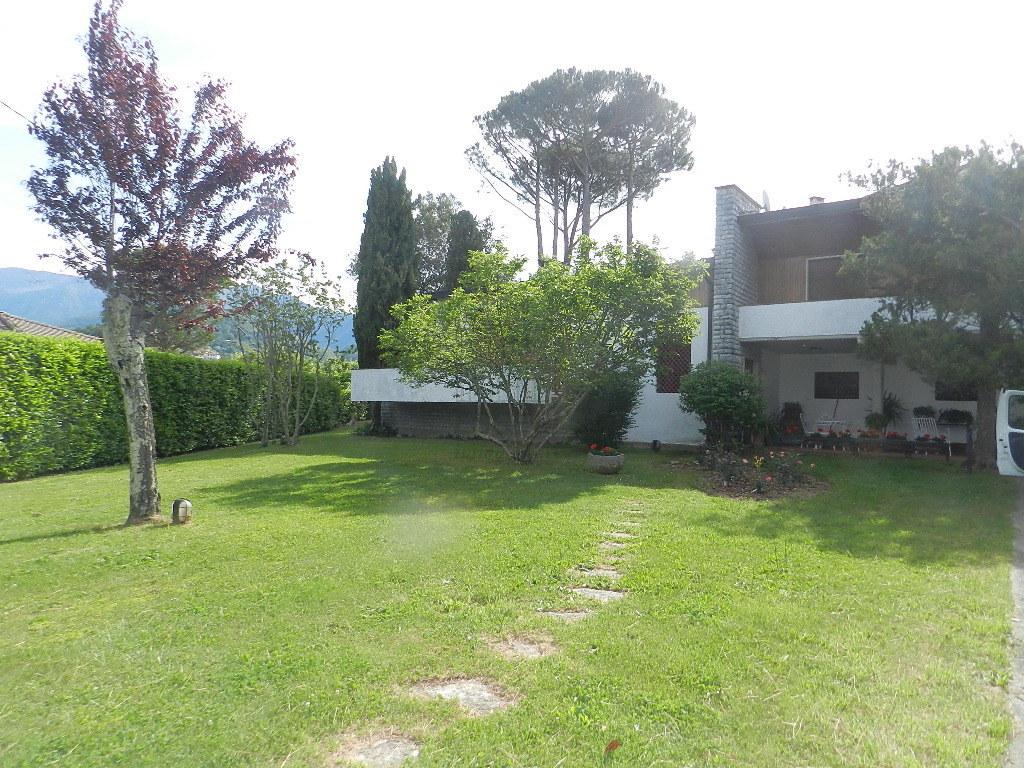 Villa in vendita a Coreglia Antelminelli, 12 locali, prezzo € 395.000 | CambioCasa.it