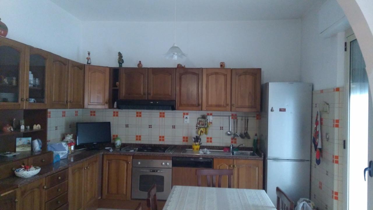 Appartamento in vendita a reggio di calabria 180000 euro 5 for Appartamento monolocale di 600 m