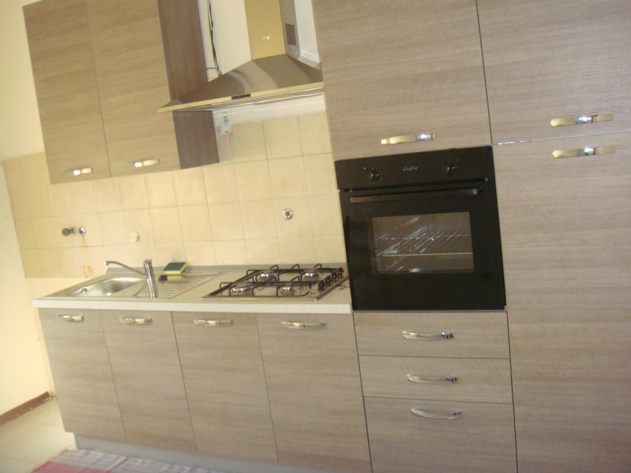 Appartamento, 100 Mq, Affitto/Cessione - Reggio Di Calabria