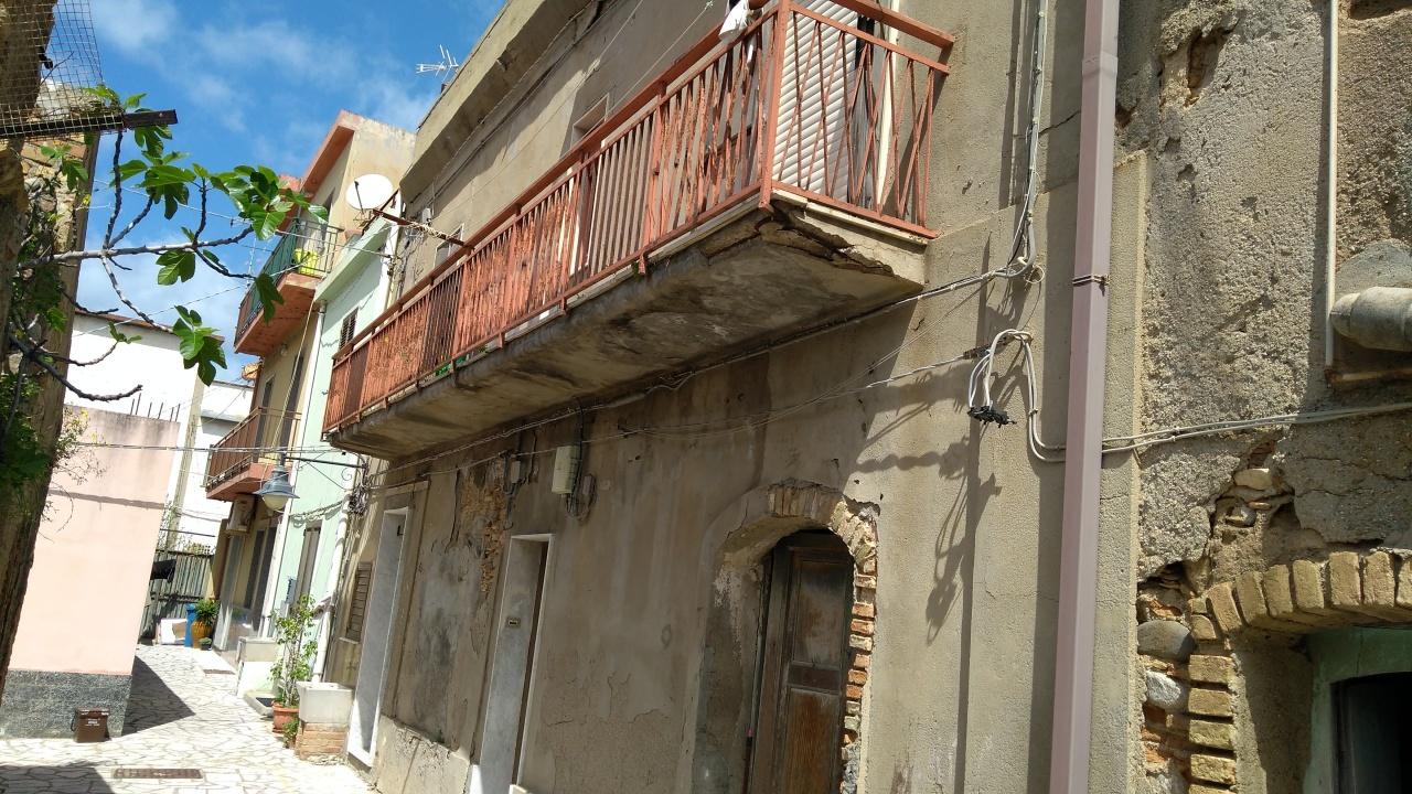 Case e appartamenti in vendita a reggio calabria pag 19 for Case in vendita reggio calabria