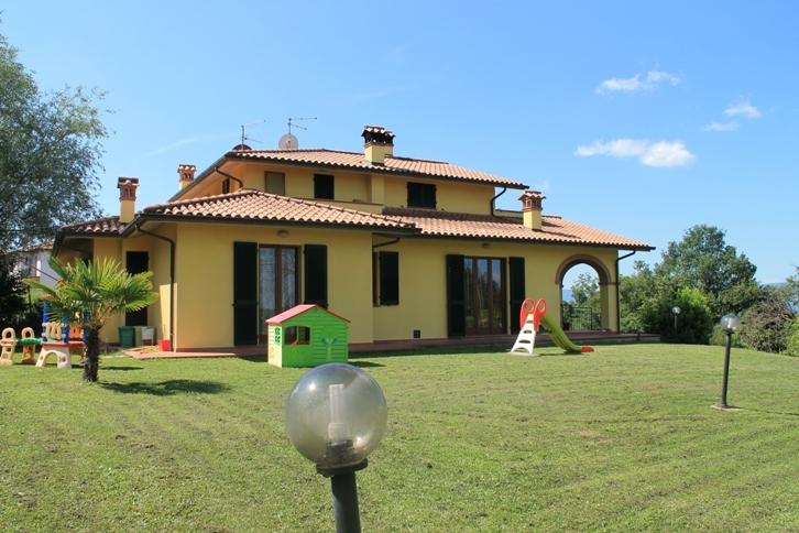 quadrilocale in vendita a Castiglione del Lago (PG)