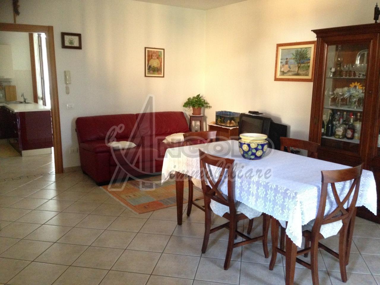 Soluzione Indipendente in vendita a Fiesso Umbertiano, 6 locali, prezzo € 135.000 | Cambio Casa.it