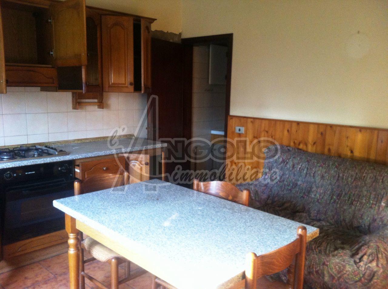 Soluzione Semindipendente in vendita a Canaro, 5 locali, prezzo € 35.000 | Cambio Casa.it