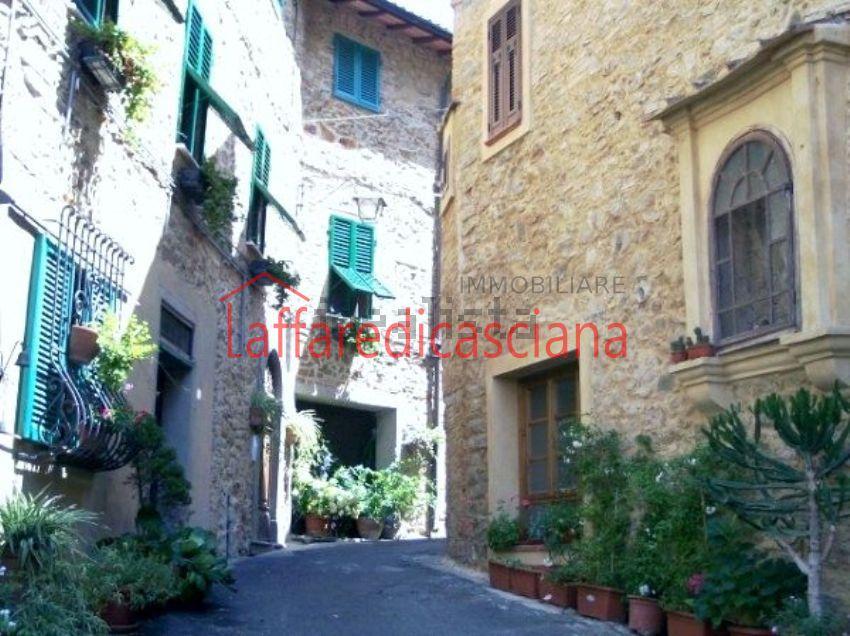 Appartamento in vendita a Chianni, 2 locali, prezzo € 60.000 | CambioCasa.it