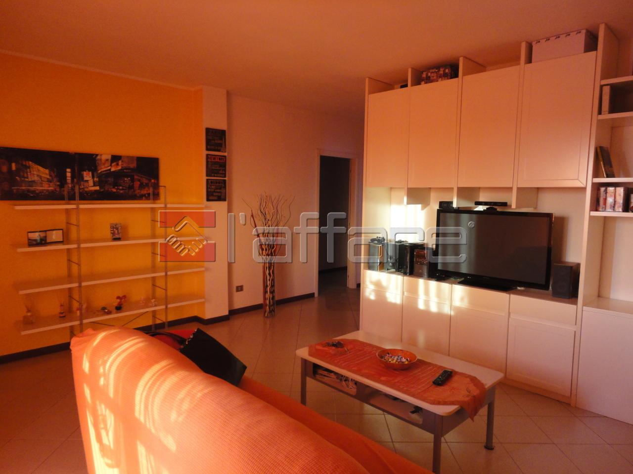 Appartamento in affitto a Ponsacco, 4 locali, prezzo € 530 | Cambio Casa.it
