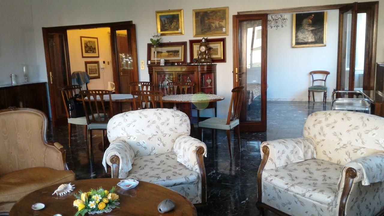 Appartamento, 270 Mq, Affitto - Livorno (Livorno)