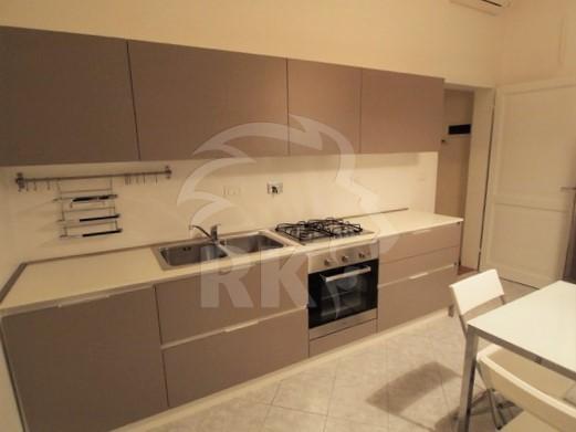 Appartamento in affitto a Bologna, 5 locali, prezzo € 1.200 | CambioCasa.it