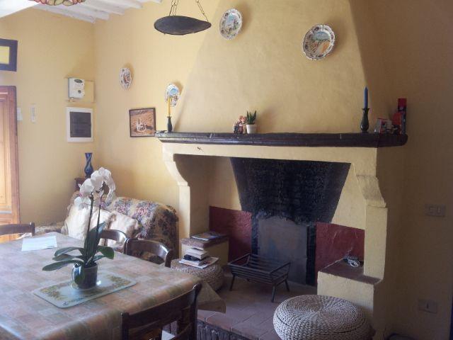 Rustico / Casale in vendita a Ponte Buggianese, 7 locali, prezzo € 140.000 | Cambio Casa.it