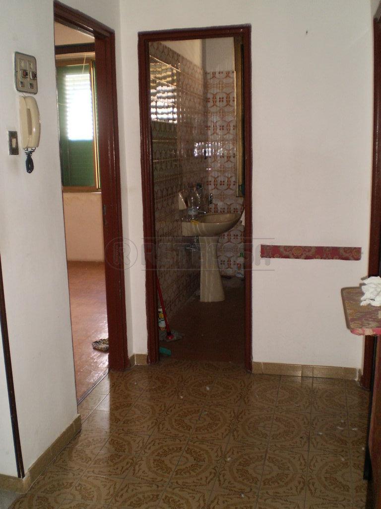 Bilocale Messina Via Francesco Testa 1 12