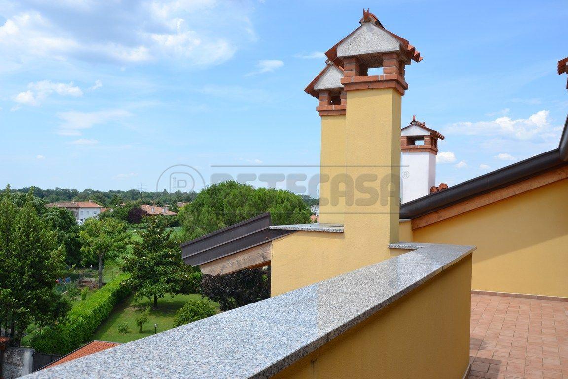 Attico / Mansarda in vendita a Turriaco, 7 locali, prezzo € 220.000 | Cambio Casa.it