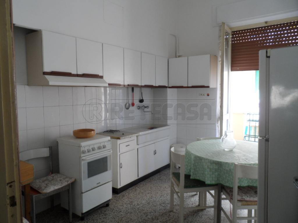 Appartamento in affitto a Ancona, 4 locali, prezzo € 700 | Cambio Casa.it