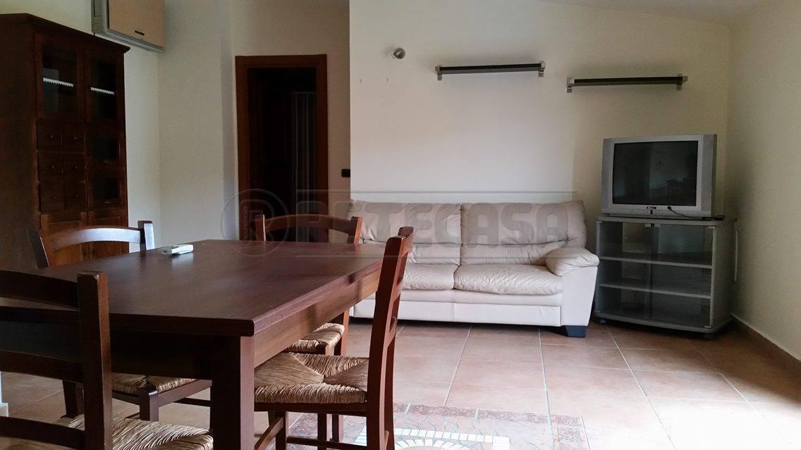 Attico / Mansarda in affitto a Capodrise, 2 locali, prezzo € 400 | Cambio Casa.it