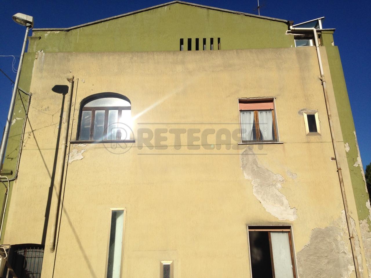 Bilocale vendita salerno zona capezzano for Planimetrie 1 livello