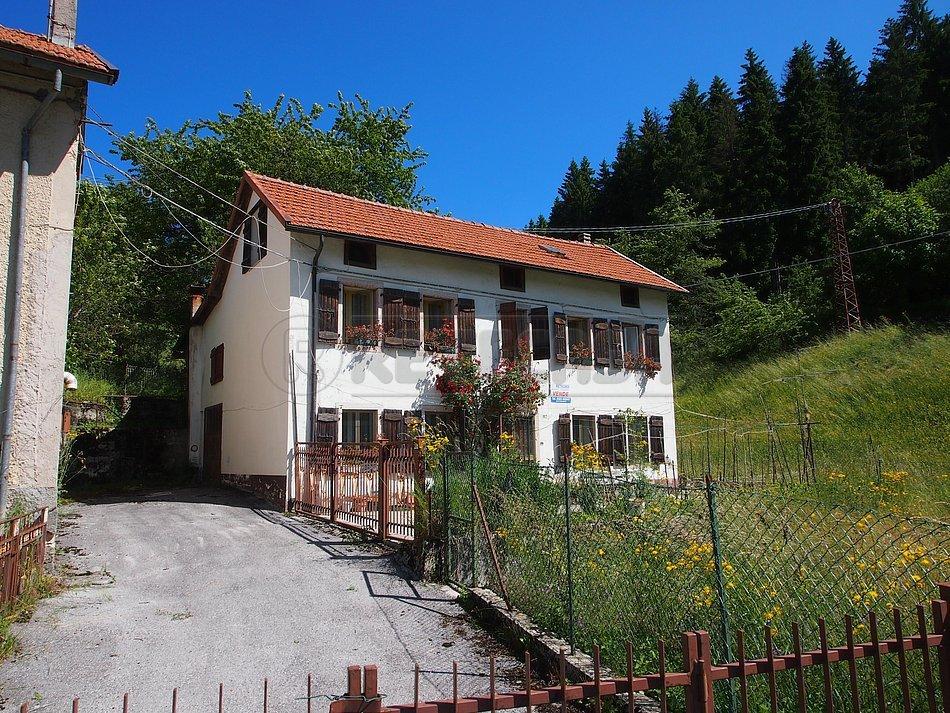 Rustico / Casale in vendita a Roana, 9999 locali, prezzo € 145.000   Cambio Casa.it
