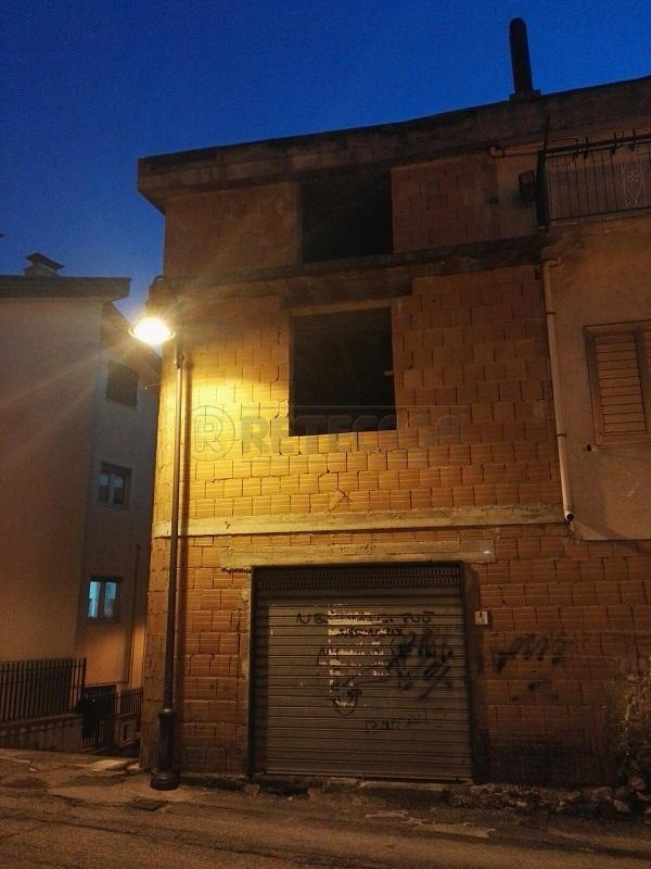 Soluzione Semindipendente in vendita a Bracigliano, 4 locali, prezzo € 68.000 | Cambio Casa.it