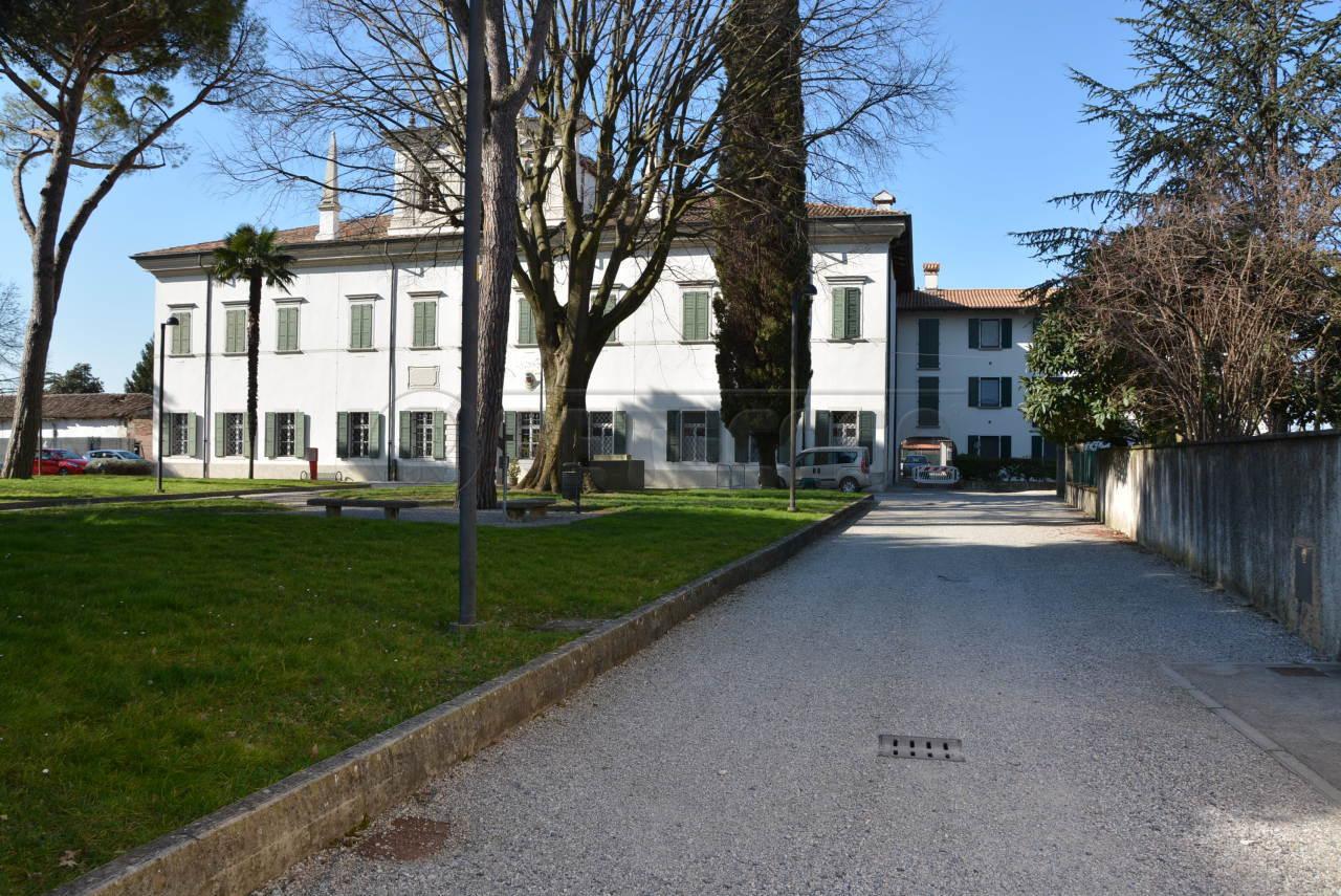 Bilocale Campolongo Tapogliano Piazza Indipendenza 3 11
