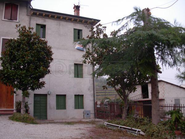 Soluzione Semindipendente in Vendita a Monteforte d'Alpone