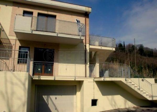 Bilocale Ancona Via Casine Di Paterno 1