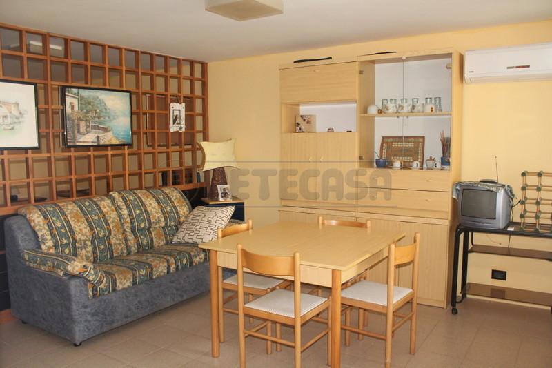 Appartamento in vendita a Spotorno, 4 locali, prezzo € 229.000   Cambio Casa.it