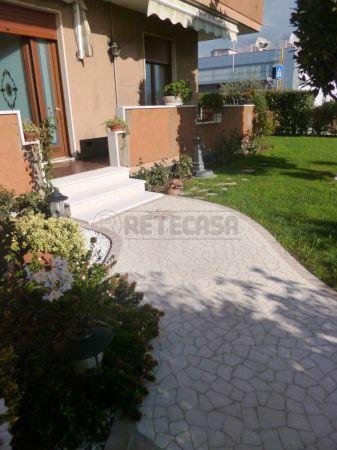 Bilocale Montecchio Maggiore Via Maytteotti 52 2