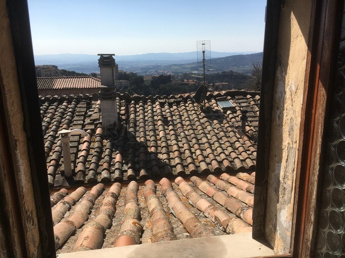 Attico / Mansarda in vendita a Perugia, 3 locali, prezzo € 70.000 | Cambio Casa.it