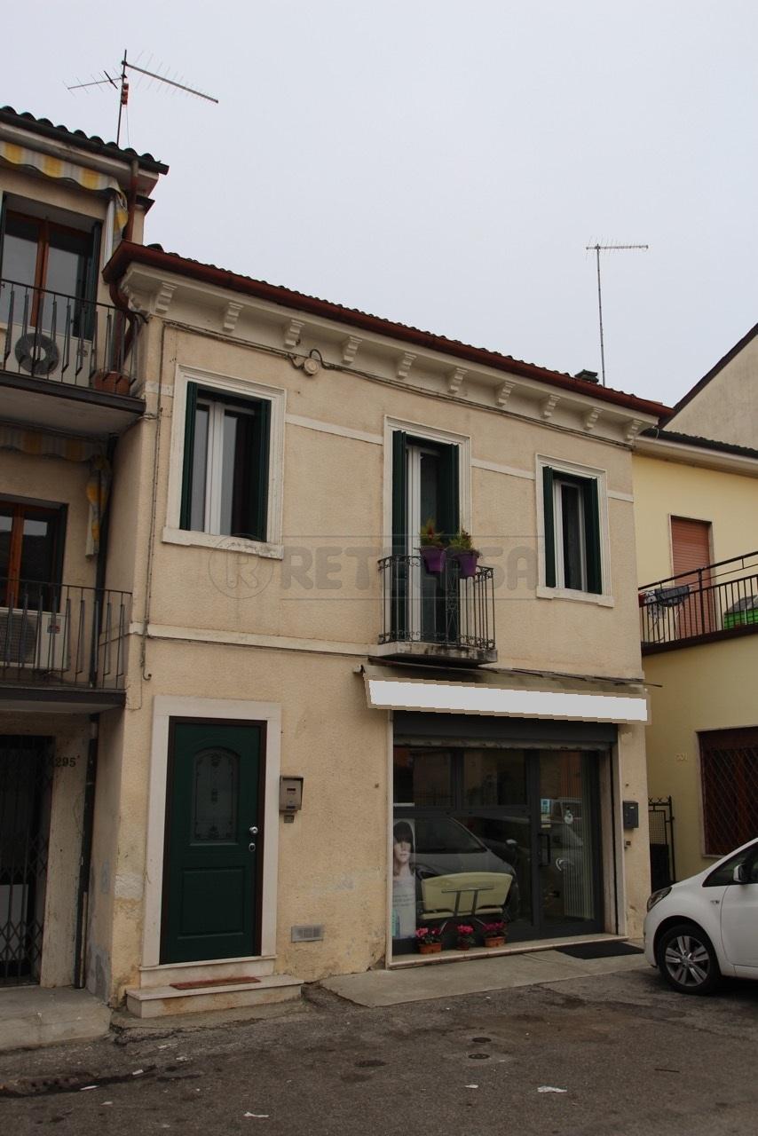 Bilocale Vicenza Viale Della Pace 200 4