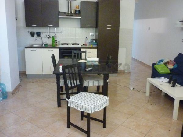 Appartamento quadrilocale in affitto a Ancona (AN)-2