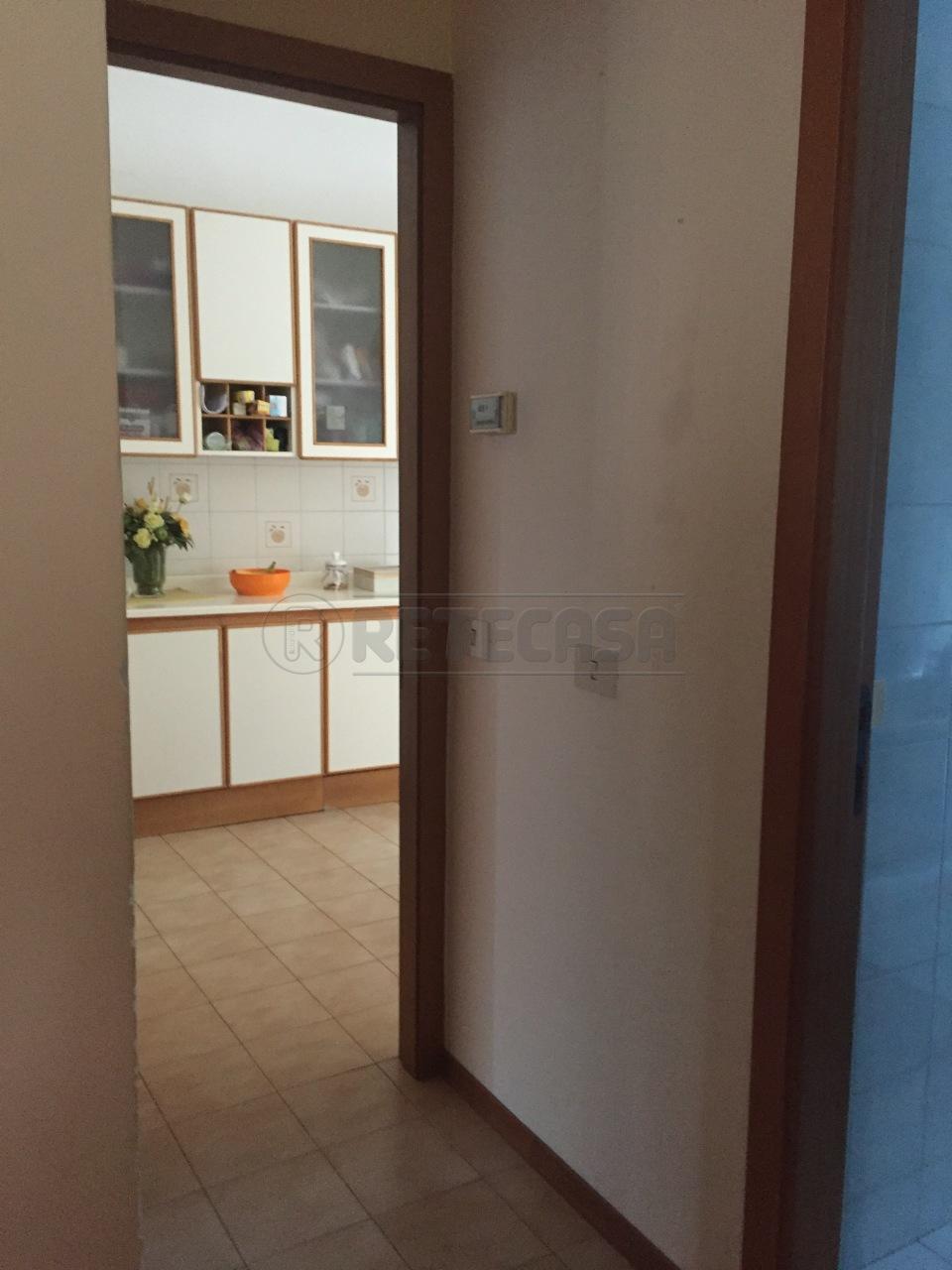 Bilocale Osimo  8
