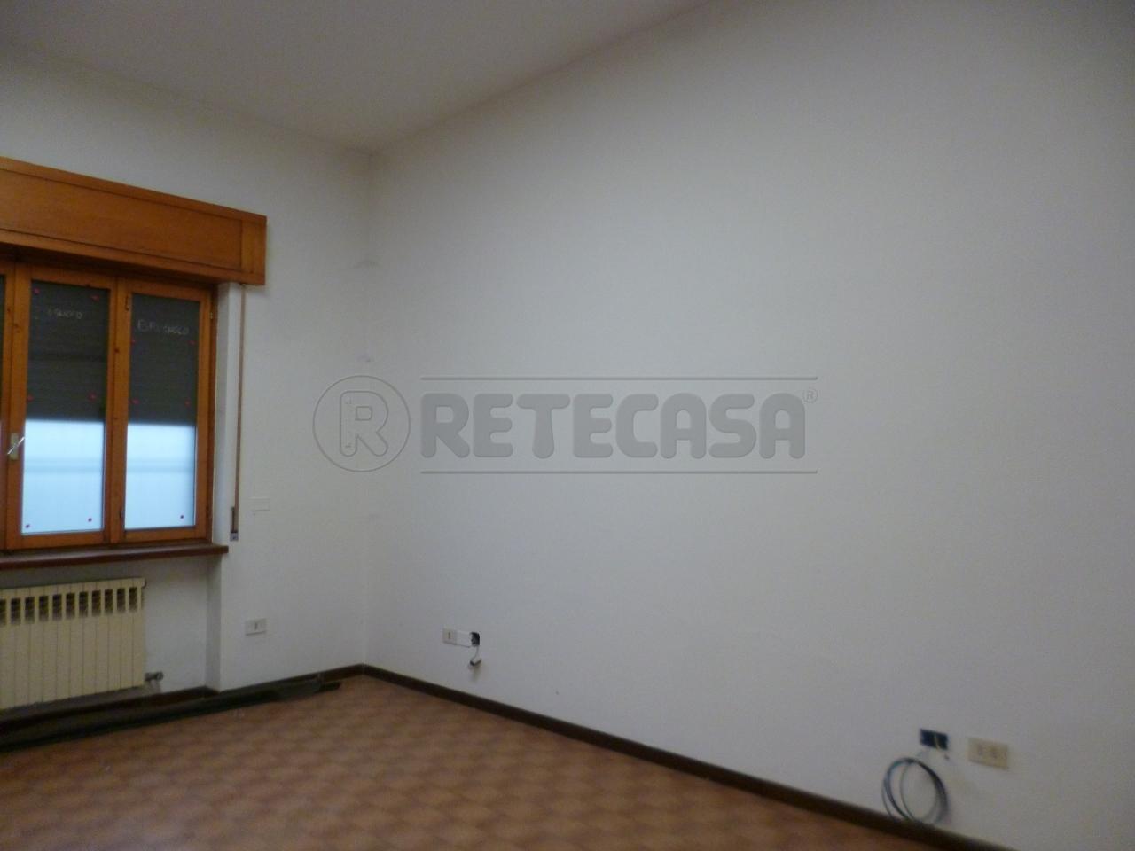 Ufficio / Studio in Affitto a Montebello Vicentino