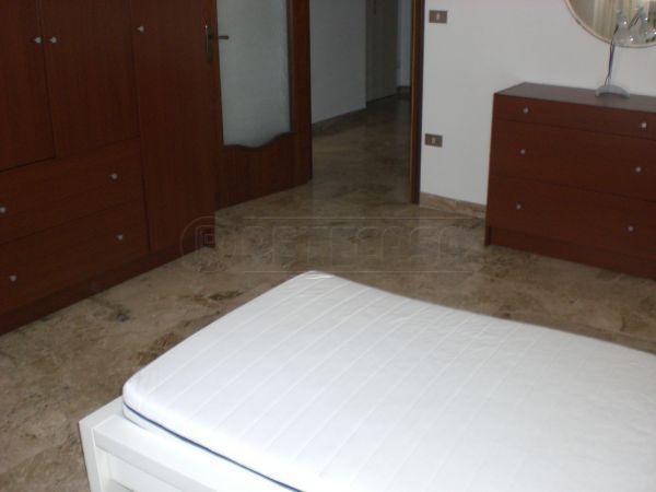 Appartamento quadrilocale in affitto a Ancona (AN)-6