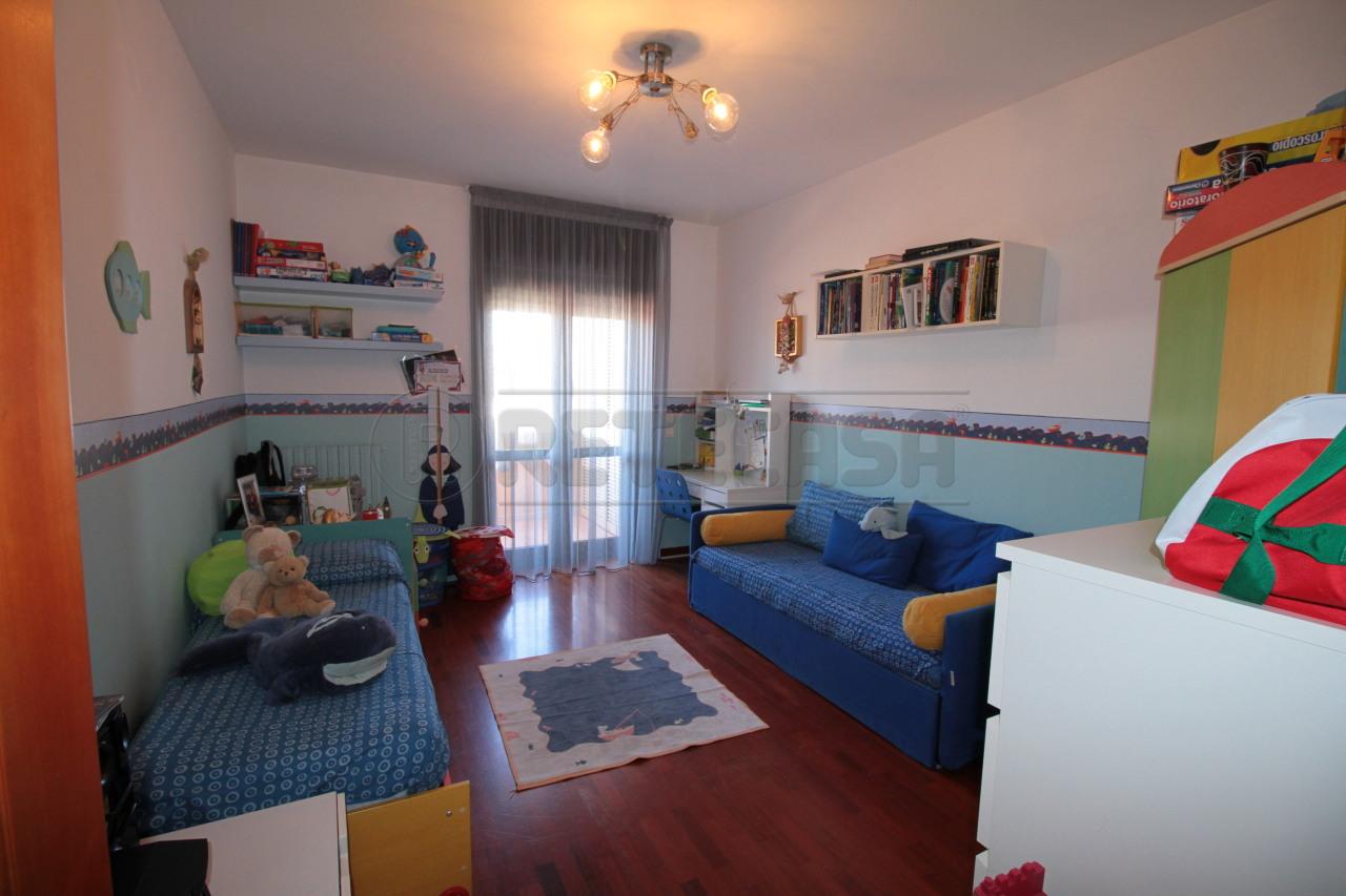 Bilocale Lecce Viale Aldo Moro 9