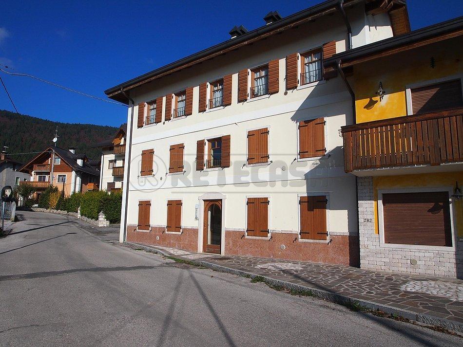 Appartamento in vendita a Asiago, 3 locali, prezzo € 180.000 | Cambio Casa.it