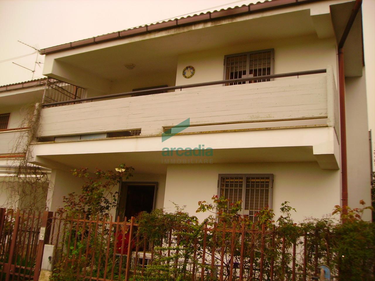 Villa a Schiera in Vendita a Toritto