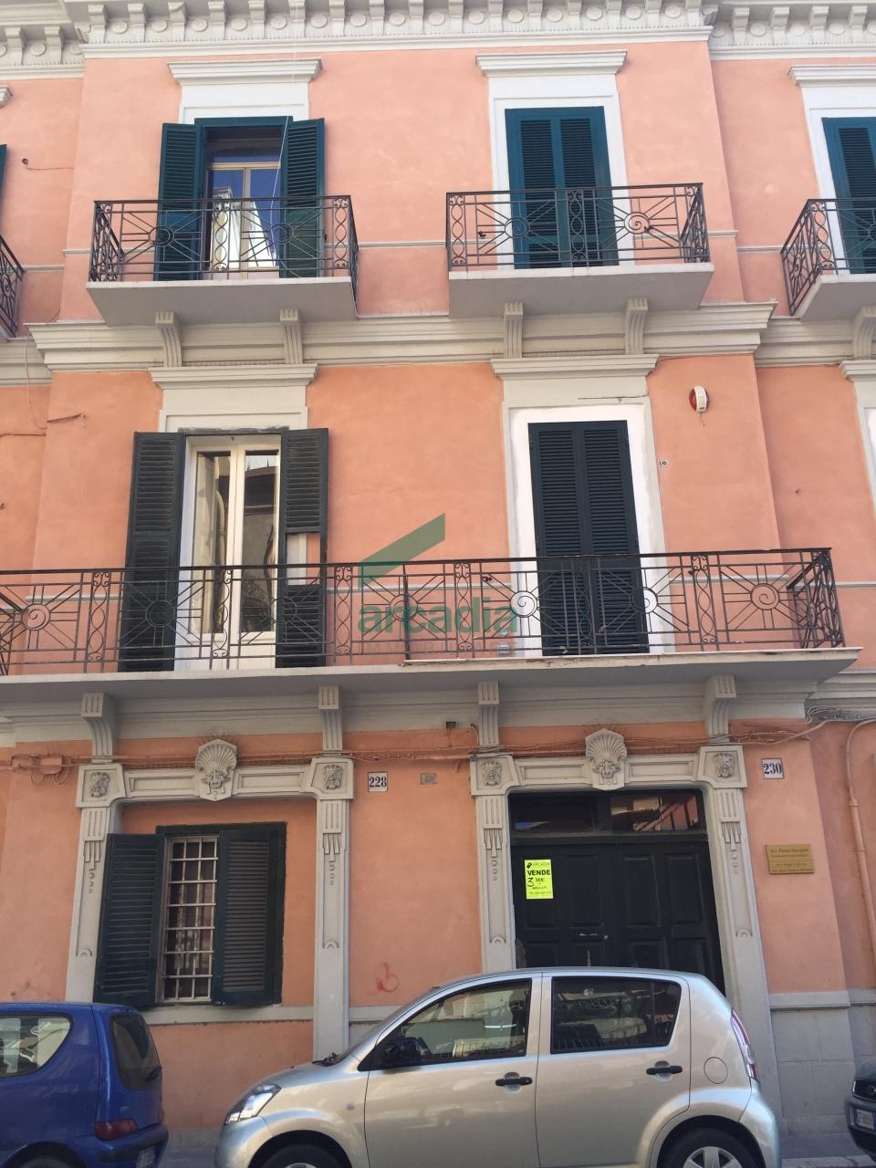 Appartamento in vendita a Bari, 3 locali, prezzo € 97.000 | Cambio Casa.it
