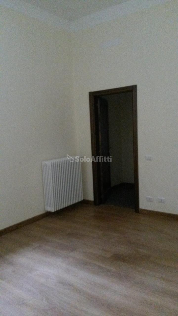 Appartamento trilocale in affitto a Lodi (LO)-5