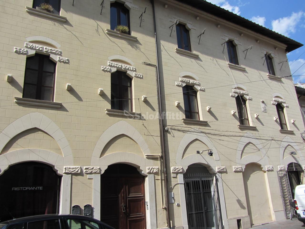 terni affitto quart: centro storico piacentino-romano-d.i.