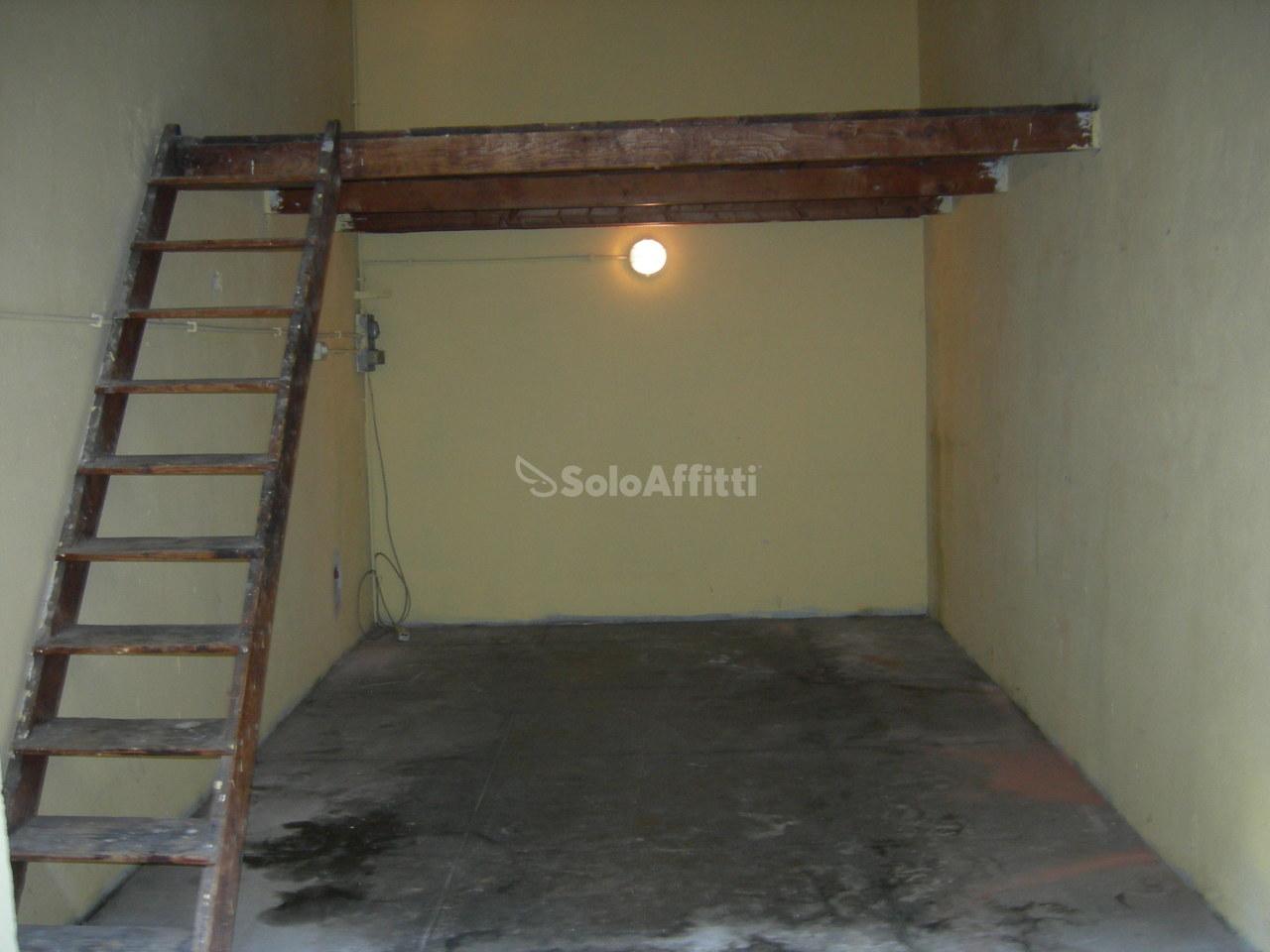 Magazzino in affitto a Torino, 1 locali, prezzo € 150 | Cambio Casa.it
