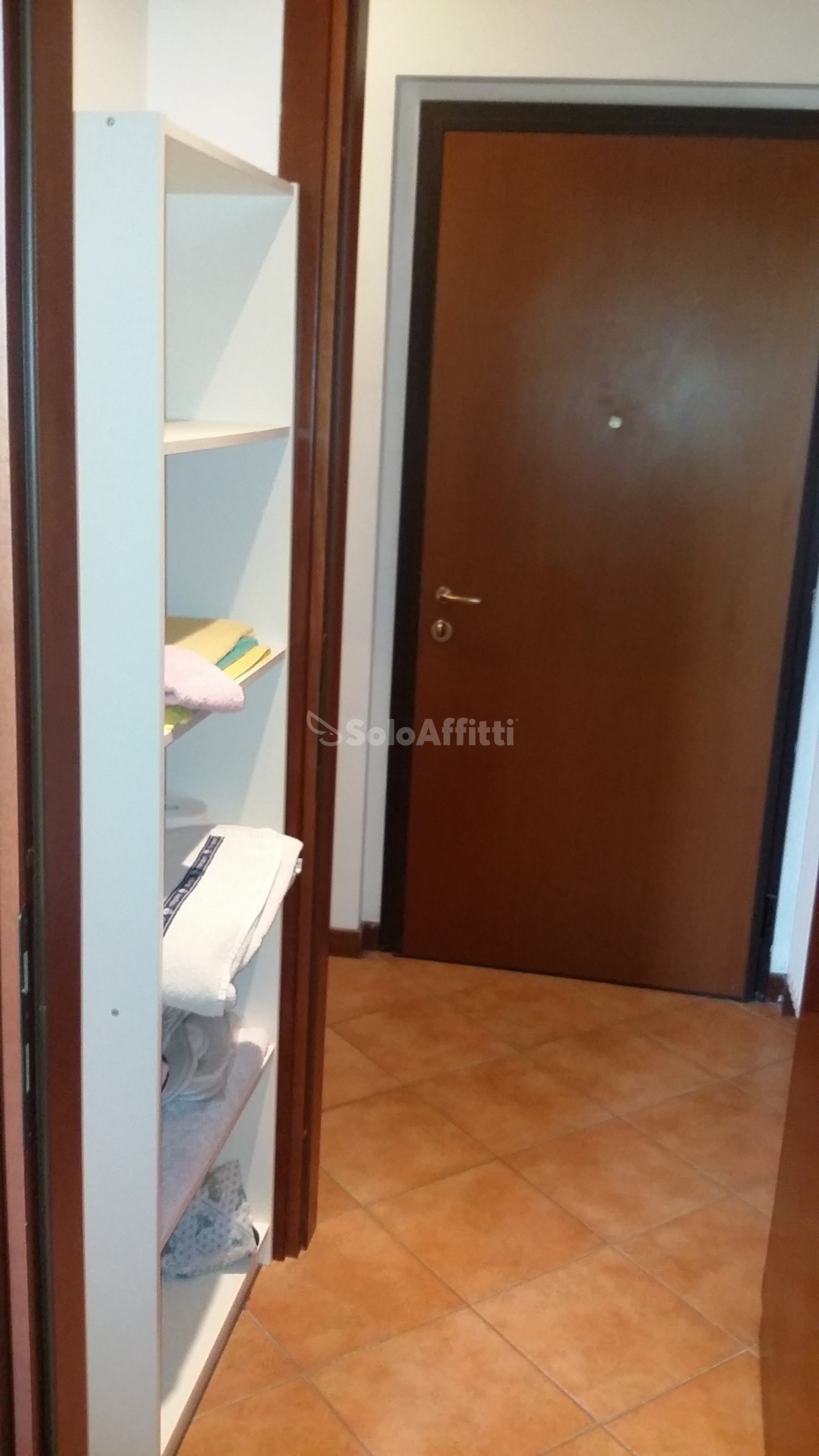 Affitto appartamento monolocale arredato 50 mq for Affitto lainate arredato